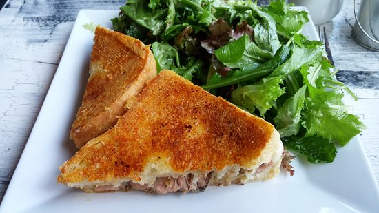 Sweet Pastry Shop & Dessert Bar: NY Strip Grilled Cheese