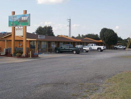 Ozark Trail Motel & Restaurant/RV