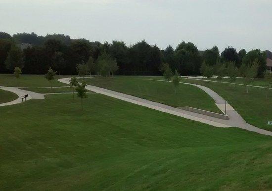 Chatham, Kanada: Kingston Park also has walk paths