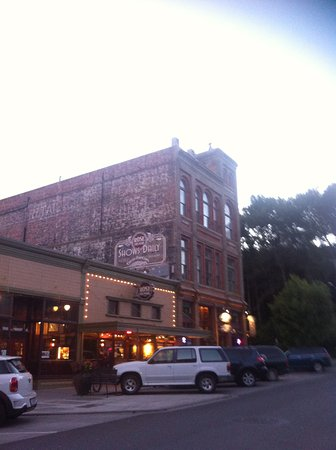 Port Townsend, WA: Twilight time at Rose Theater
