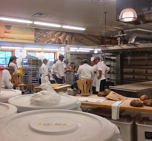 Norwich, VT: Check out the baking class in progress