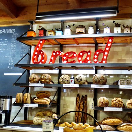 Norwich, VT: It's all about the bread...the smell is amazing