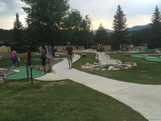 YMCA of the Rockies: mini golf