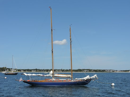 ted-kennedy-s-sailboat.jpg