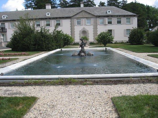 วิลมิงตัน, เดลาแวร์: Pond near the Conservatory.