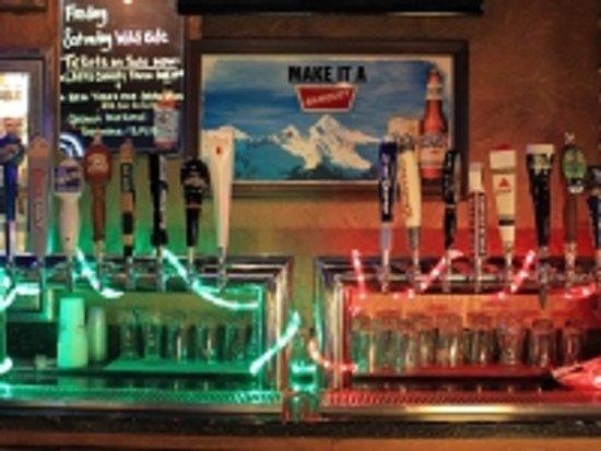 Oracle, Arizona: 16 Draft Bar Taps