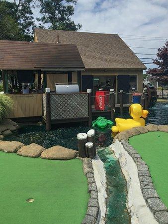Vineyard Haven, MA: Mini Golf Course