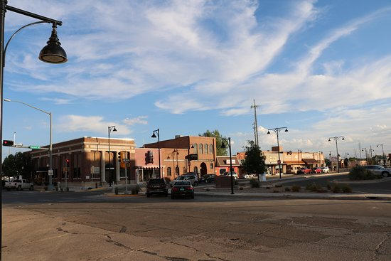 Portales, Nuevo Mexico: View from seating in front of the DO Drop In.