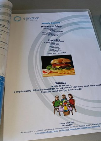 Caloundra, Australia: Special menu for different days ... we went on Burger Day!