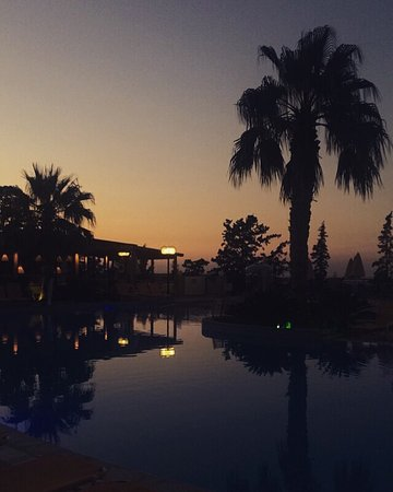 Asterias Village Resort: amazing holiday, lovely staff and great accommodation!