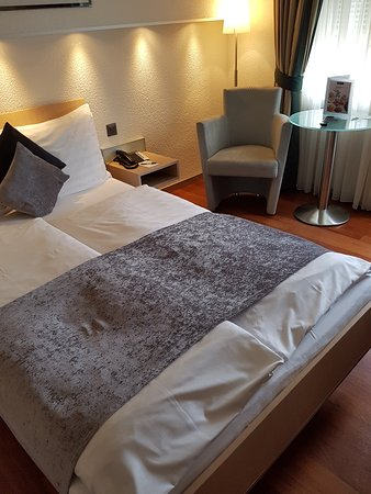 Hotel Krone Unterstrass: Room with Double bed