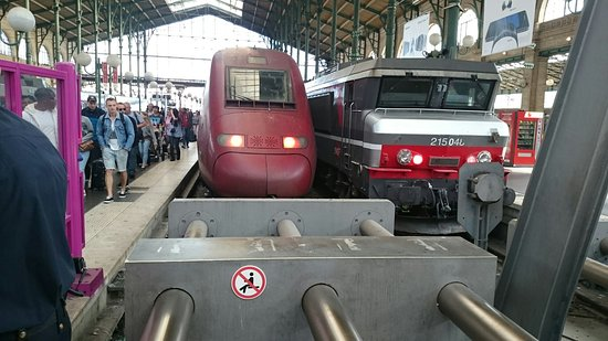 Upper Deck-First Class-TGV Duplex