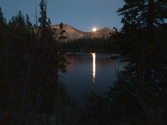 Oregon: Moon rise over Horseshoe Lake in Eagle Cap Wilderness