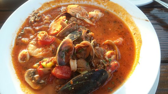 Pier 15 : Spicy seafood soup