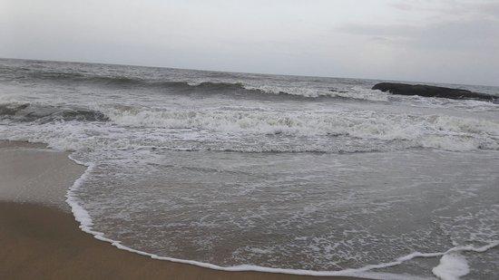 Ullal Beach: 20160815_064211_large.jpg