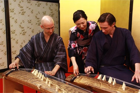 Koto Shakuhachi Experience and Lesson Japanese Traditional Music with Team Kozan