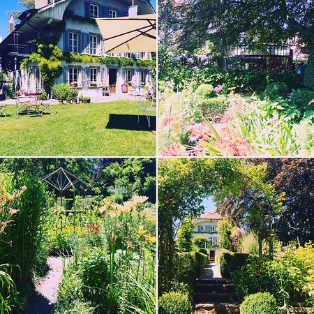 Une partie des jardins picture of auberge aux 4 vents for Jardin 4 vents