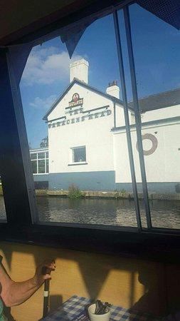 Burscough, UK: Blue Swan Boat Hire