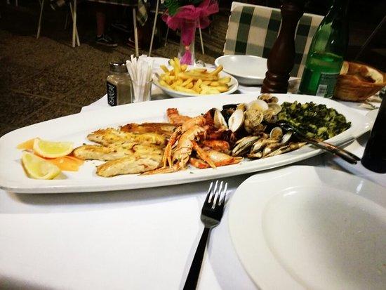 Restaurant Knezgrad: IMG_20160719_213749_large.jpg