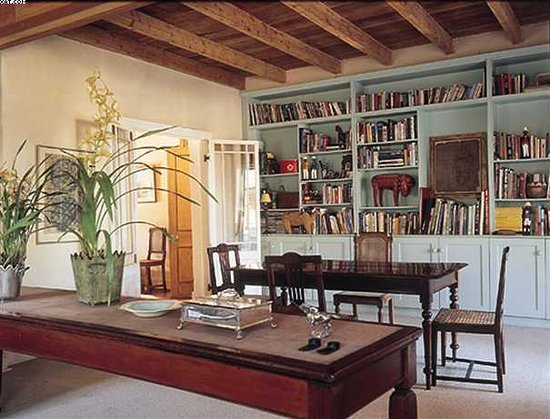 Addo, Sudáfrica: Our library/diningroom