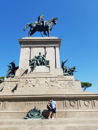 Piazzale Garibaldi: 20160820_104431_large.jpg