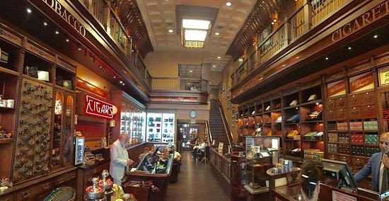 Nat Sherman, Inc. : Photo taken from the main entrance on 12 East 42nd. NY