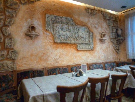 Großbettlingen, Deutschland: Ambiente im hinteren Teil des Restaurants (1)