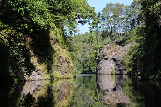 In Your Element Scotland: Canoeing through the Aigas Gorge