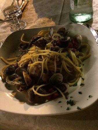 Ristorante Pizzeria da Tonino : Spaghetti vongole + sabbia