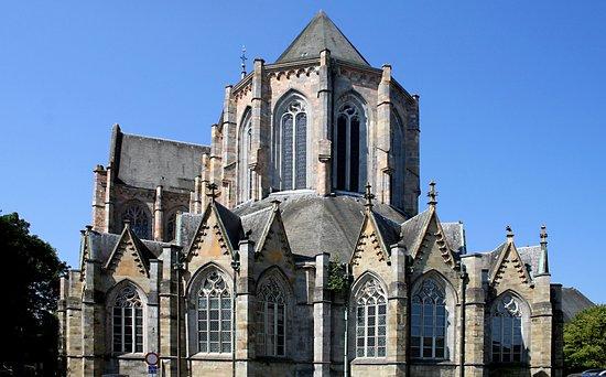 Basilique Saint-Hubert