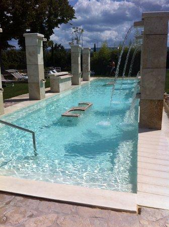 piscina con acqua salata - Foto di Hotel Salus Terme, Viterbo ...