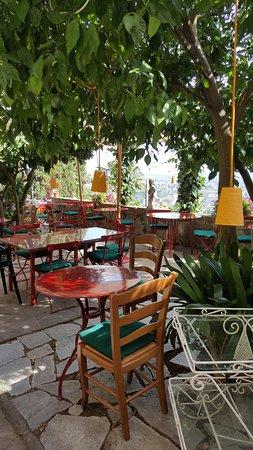 Buggiano Castello, Włochy: Restaurant be day
