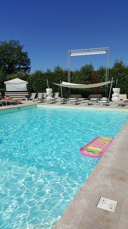 Buggiano Castello, Włochy: Pool 15 min drive from Villa Sermolli