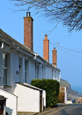 Port Gaverne, UK: Green Door Cottages