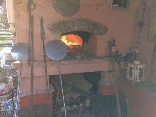 Pieve Fosciana, Italien: El horno de Flaviano