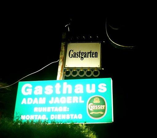 Wels, Avusturya: Eingangsschild zum Restaurant