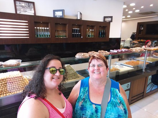 Sidon, Líbano: The sweets look delicious