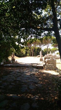 Ostia Antica, Italia: P_20160821_121916_large.jpg