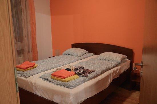 Leda Apartments: Sypialnia