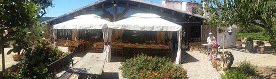 Monti, Italia: #AgriturismoIlVermentino