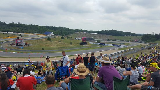 Brno, Çek Cumhuriyeti: Dry for qualifying but wet for race day. Though, loved every minute!