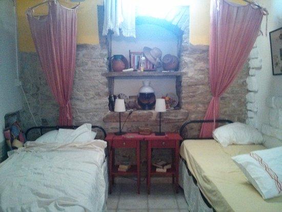 Kalavasos, Chypre : The separate bedroom.