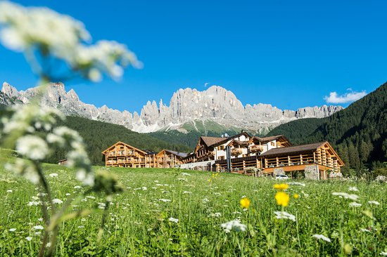 Cyprianerhof Dolomit Resort1