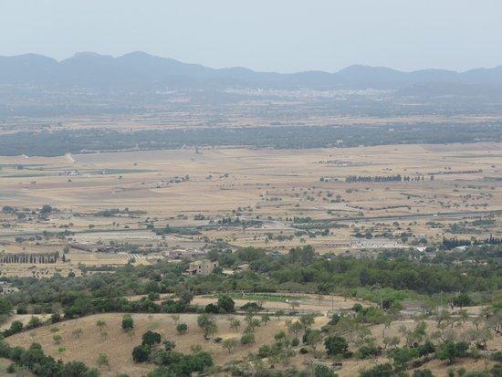 Petra, İspanya: Vistas del llano