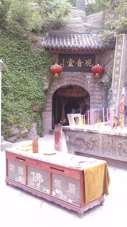 Jinan, China: Caves and corners you wont find on just one visit.