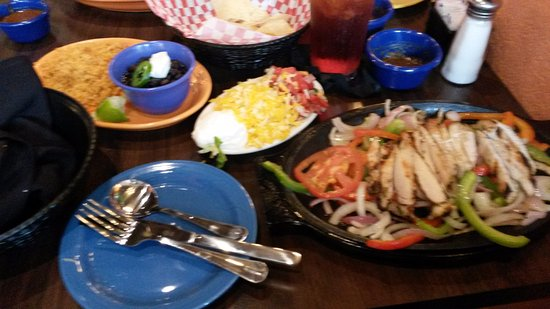 Independence MO Los Cabos Chicken Fajitas