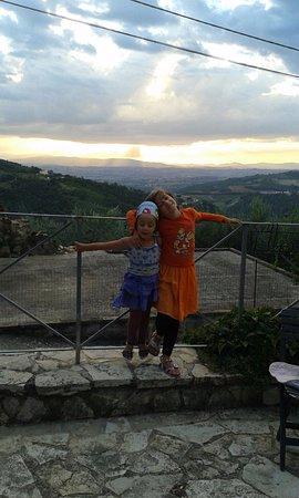 Gualdo Cattaneo, İtalya: la terrazza della rocca