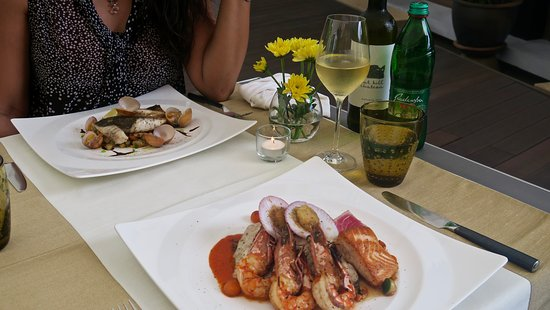 Leonardo Davinci : Seafood main courses make the real match with our Malvasia wine, from the Adriatic coast wine re