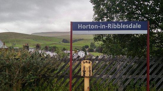 Horton-in-Ribblesdale, UK: 3 peaks adventure