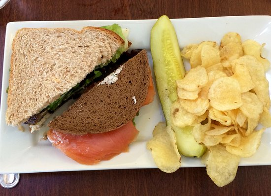Boylston, MA: Shared sandwiches:Portobello/Cheese and Lox with chips and pickle side order